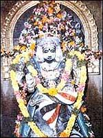 Guru Dakshinamurhty at Alangudi, Kumbakonam- Guru sthalam